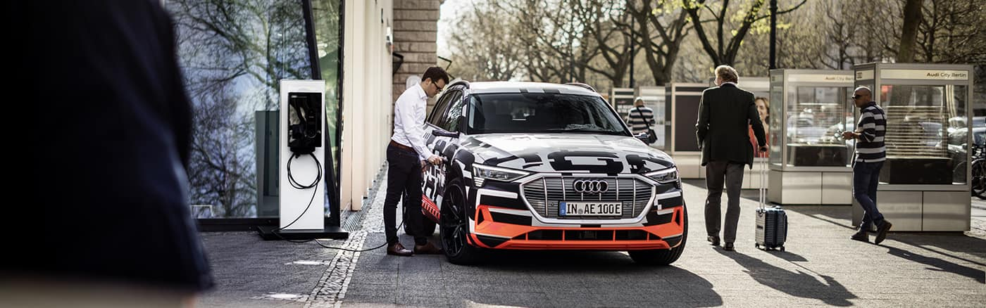 1400_438_audi-integrates-e-tron-with-home.jpg